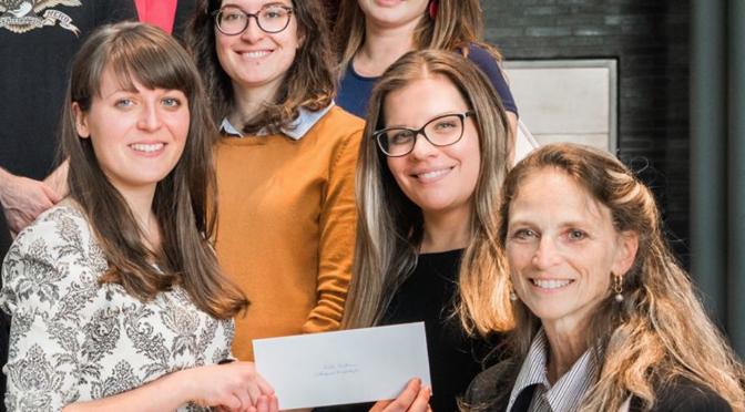 Prix de présentation pour étudiantes du labo / Presentation prize awarded to lab team